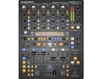 Behringer DDM4000, 4-Kanal Digital DJ Mixer